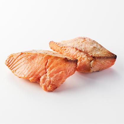 オイシックスのおせち料理『豪華海鮮オードブル 萬福』は夫婦ふたりにおすすめ キングサーモン西京焼