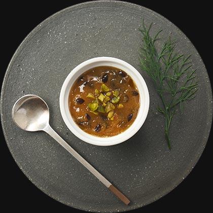 オイシックスのおせち料理!酒好き一人暮らし向けのオードブルおせち『DEAN&DELUCA』フォワグラのパテ パッションフルーツのソース