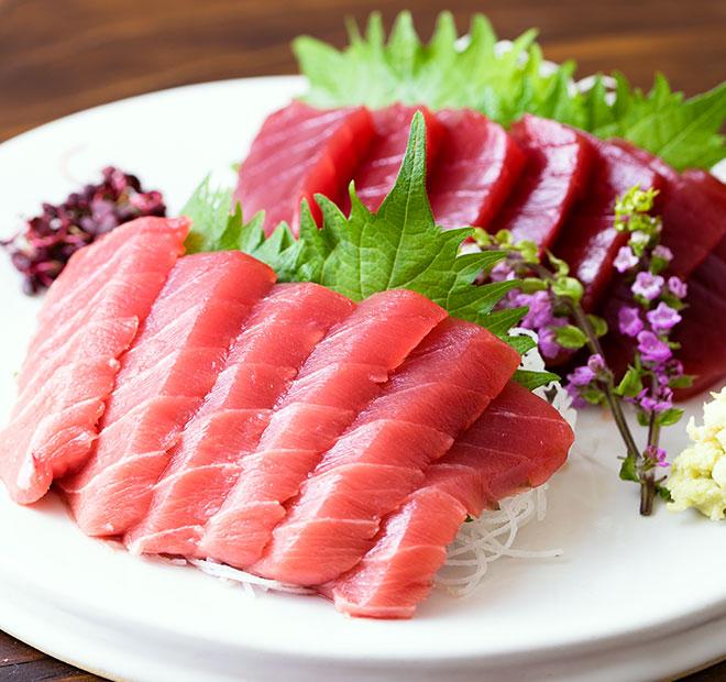 オイシックスのおせち料理『輝』はセット商品購入でさらにお得 大間産 天然マグロ